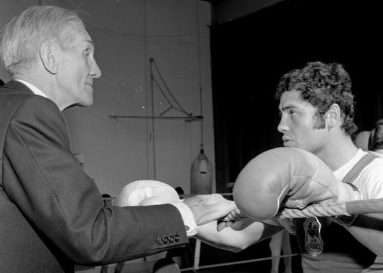 Carpentier et boxeur